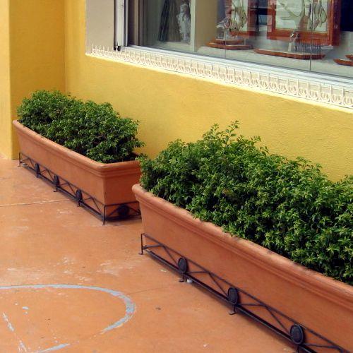 The gallery for jarritos de barro - Jardineras de madera ikea ...