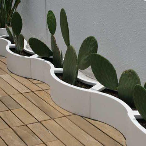 arreglo de jardineras curvas de fibra de vidrio marca fiberland