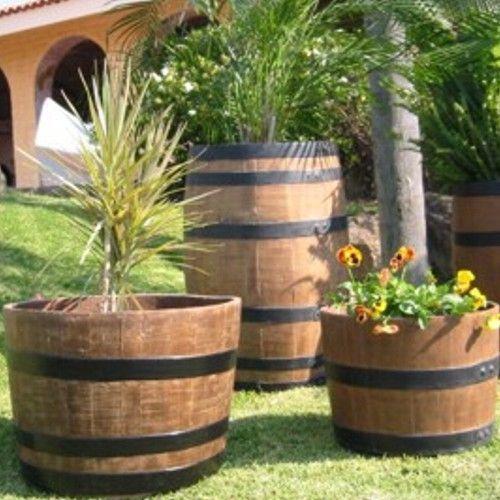 Toneles macetas de fibra de vidrio fiberland for Plantas para macetas grandes de exterior