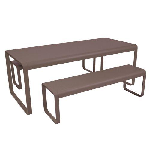 Muebles de jardin de fermob fiberland for Fabrica de muebles para exterior